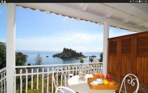 Isolabella Spigola 2 - AbcAlberghi.com