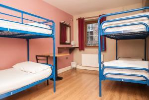 Isaacs Hostel (2 of 50)