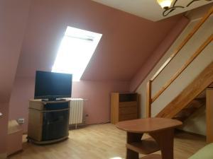 Leonard Apartment - Prigorodnyy