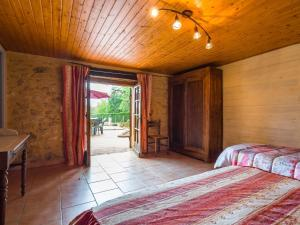 Maison De Vacances - Blanquefort-Sur-Briolance 1, Nyaralók  Saint-Cernin-de-l'Herm - big - 33