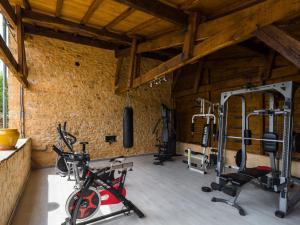 Maison De Vacances - Blanquefort-Sur-Briolance 1, Nyaralók  Saint-Cernin-de-l'Herm - big - 35