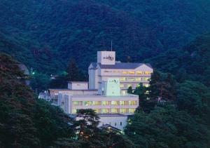 Higashiyama Park Hotel Shinfugetsu - Aizuwakamatsu