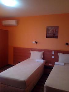 Hotel Toni, Отели  Bukovlŭk - big - 29