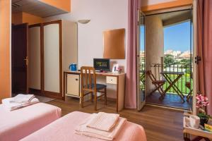 Hotel Majore, Hotely  Santa Teresa Gallura - big - 32
