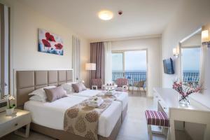 Aquamare Beach Hotel & Spa (34 of 76)