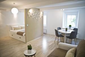 Apartments Hiša Pod Gradom - Ljubljana