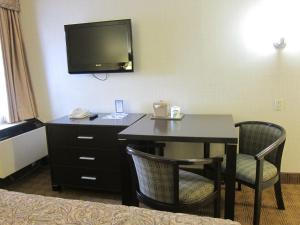 Canadas Best Value Inn Toronto, Motelek  Toronto - big - 16