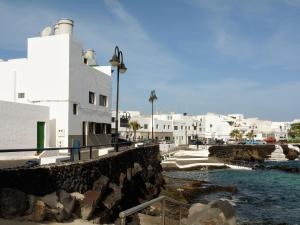 Casita Bahia Pool First Line, Ferienwohnungen  Punta de Mujeres - big - 1