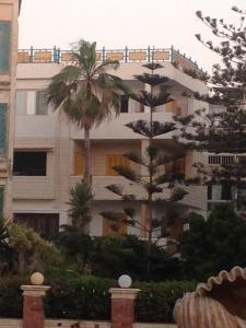Two-Bedroom Apartment in Ma'amoura