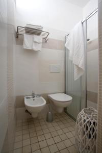 Hotel Tosi, Отели  Риччоне - big - 28