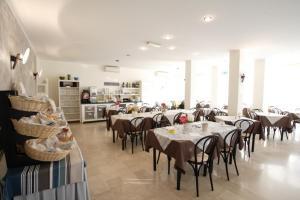 Hotel Tosi, Szállodák  Riccione - big - 65