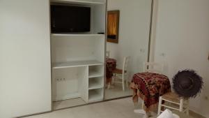 Apartamentos Colomar, Apartmanok  Figuerali-part - big - 21