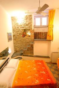 Francamaria Rooms, Penzióny  Vernazza - big - 1