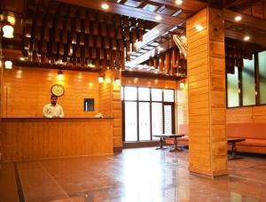 Hotel Tramboo Continental Dal Lake, Hotel  Srinagar - big - 8