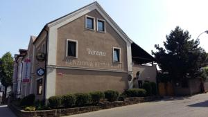 Albergues - Pension Verona