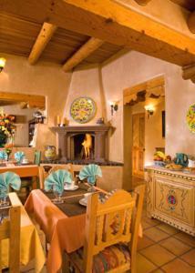 El Farolito B&B Inn - Accommodation - Santa Fe