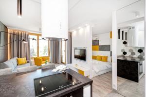 BedBath Boulevard Apartments