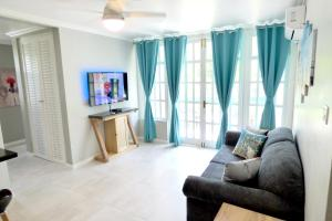 Beach One Bedroom Suite A22 - St Mary
