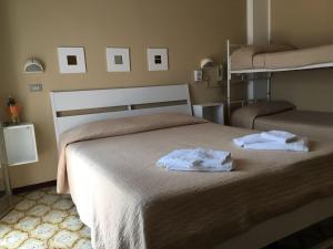 Hotel Fucsia, Отели  Риччоне - big - 137