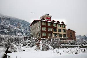 Keys Lite Apple Nest, Manali