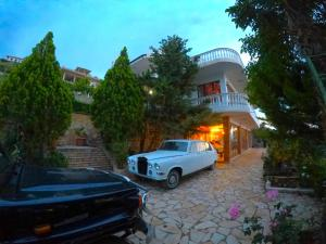 Villa Bonda Vlore - Radhimë