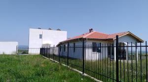 "House in complex""Black sea view"""