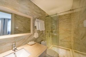A&EM 280 Le Thanh Ton Hotel & Spa, Hotely  Hočiminovo Mesto - big - 41