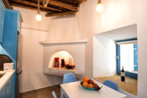 Gavrion's Nest - Premium Cycladic Studio Andros Greece