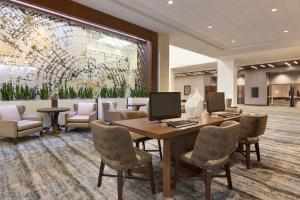 Embassy Suites By Hilton Denton Convention Center, Hotel  Denton - big - 20