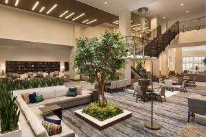 Embassy Suites By Hilton Denton Convention Center, Hotel  Denton - big - 42