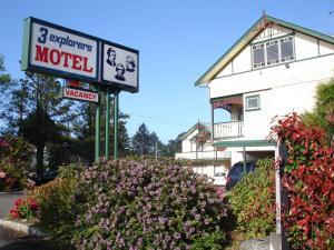 Three Explorers Motel