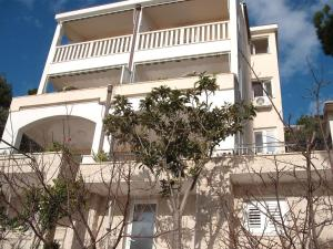 Apartment Brela 13052e, Apartmanok  Brela - big - 14