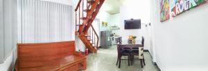 ?La Maison 2, 2 bedroom House, Great location, central Dist 3, near bus, train stations, restaurant - Hồ Chí Minh