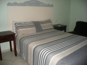 Gloria's Bed and Breakfast, Bed & Breakfast  Livingstone - big - 78