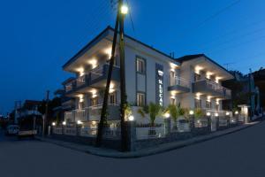 Hostels e Albergues - Saint Lucas Suites