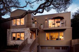Carmel Stonehouse, Holiday homes - Carmel