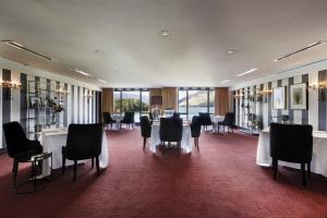 Hotel St Moritz (4 of 44)