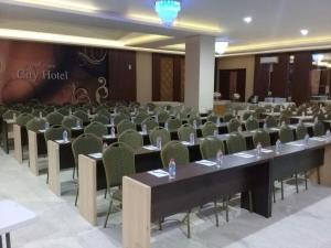 City Hotel, Hotel  Tasikmalaya - big - 46