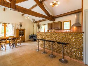 Maison De Vacances - Blanquefort-Sur-Briolance 2, Prázdninové domy  Saint-Cernin-de-l'Herm - big - 30