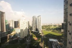 Oasis Regency @ Fort Victoria BGC, Ferienwohnungen  Manila - big - 159