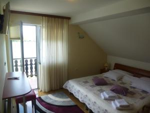 Apartments Miše
