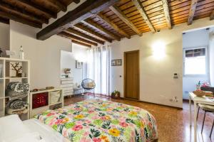 Capo di Lucca - The Place Apartments - AbcAlberghi.com