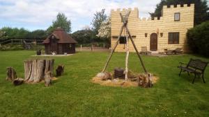 Location gîte, chambres d'hotes Ecuries Leseigneur - Camping Insolites dans le département Manche 50