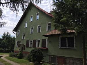Villa Wodnik nad jeziorem