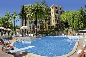 Grand Hotel De Londres - AbcAlberghi.com