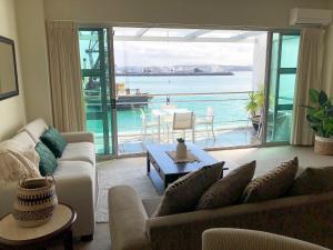 1BR Princes Wharf Apartment with Fabulous Views - Auckland