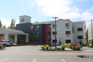 Best Western Plus Portland Airport Hotel & Suites, Hotels  Parkrose - big - 86