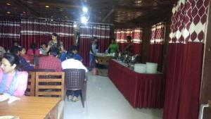 Hotel Dogra Residency Patnitop, Szállodák  Udhampur - big - 27