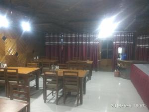 Hotel Dogra Residency Patnitop, Szállodák  Udhampur - big - 40