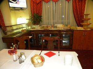 Hotel ŠICO, Hotely  Bijeljina - big - 19